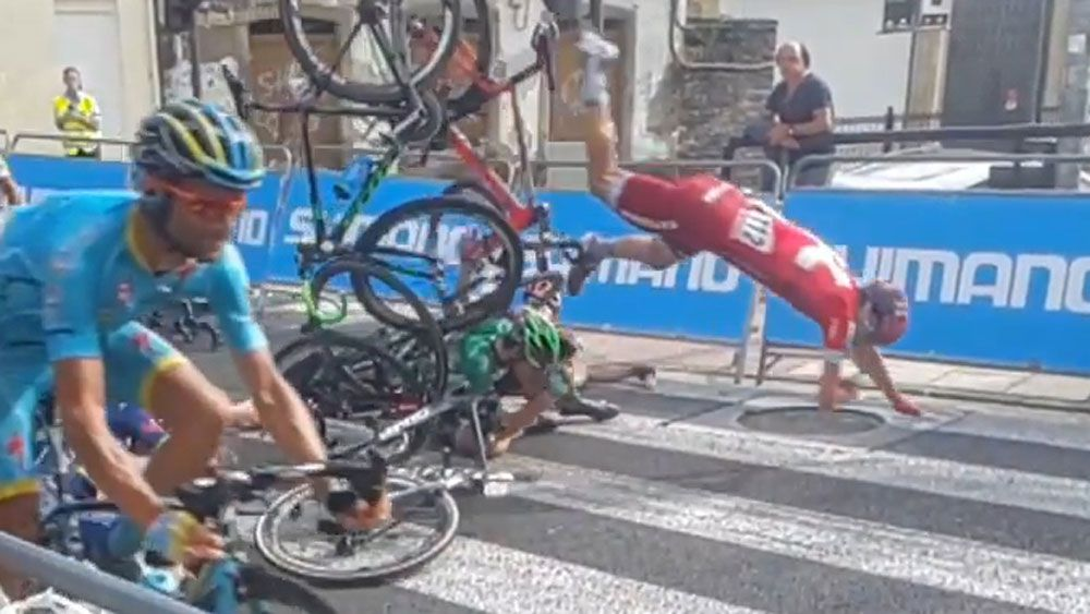 Cycling: Fans endure every bump and bruise of brutal crash
