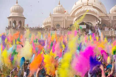 <p><strong></strong><strong>Festival of Colours, India</strong></p>
