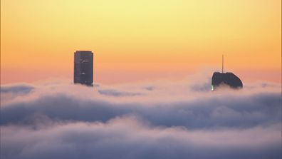 Thick layer of fog creating hazardous conditions for Brisbane commuters