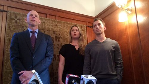 Lawyer Anthony Douglas Rappaport speaks at a news conference with his clients, Denise Huskins and her boyfriend Aaron Quinn, in San Francisco, on September 29, 2016. (AAP)