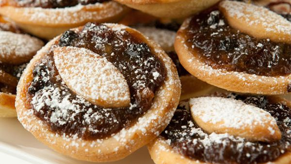 Best Christmas fruit mince tart