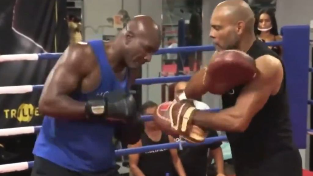 Fight world concerned for Evander Holyfield's welfare after 'uncomfortable' training clip