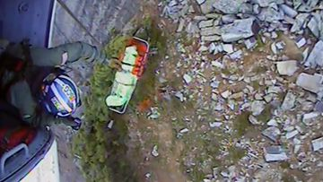 US hiker rescued from Iron Cap Mountain in Washington.
