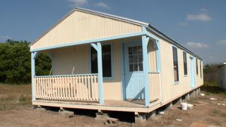 Casey andCatrina's Woodsy Guest House