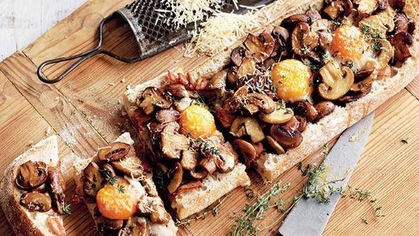 Mushroom, bacon and egg breakfast toastie