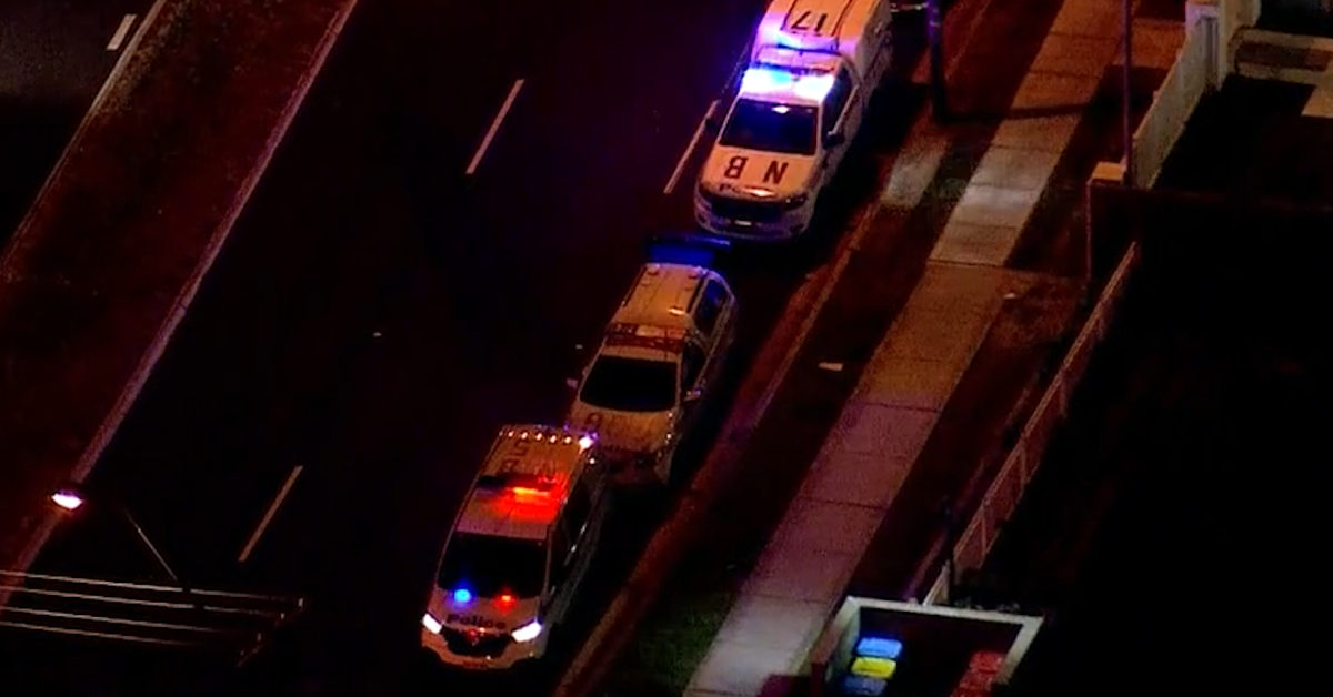 Man shot officer stabbed in incident in Sydney's north – 9News