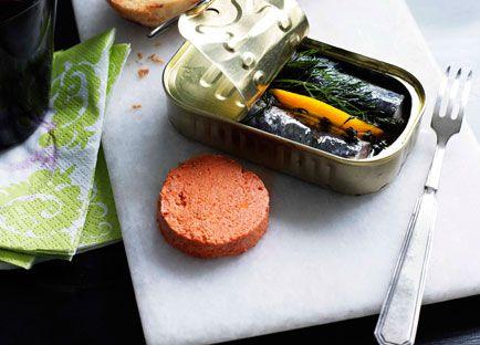 Sardines with tomato pâté