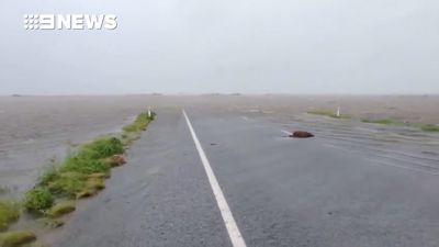 Tropical Cyclone Kelvin makes landfall