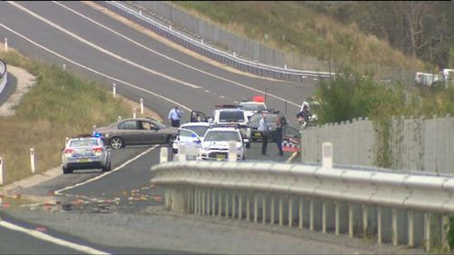 The 41yo officer was taken to hospital for treatment. (9NEWS)