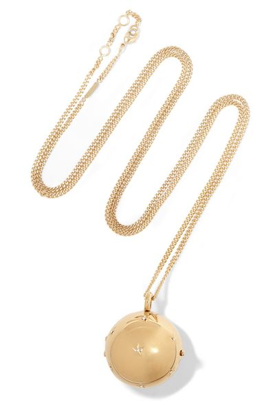 "<a href=""https://www.net-a-porter.com/au/en/product/621663/Chloe/gold-tone-crystal-necklace"" target=""_blank"">Locket, $586, Chloe at net-a-porter.com</a>"