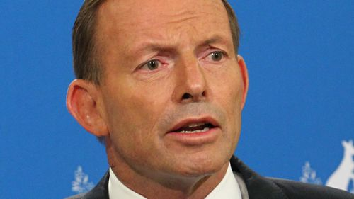Did the knighthood issue change how you feel about tony abbott (Question)