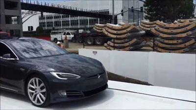 Elon Musk company in proposal for LA 'hyperloop' tunnel