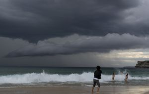 Thunderstorms building along east coast ahead of extreme weather
