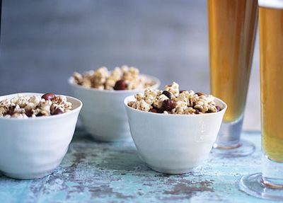 "Recipe:&nbsp;<a href=""http://kitchen.nine.com.au/2016/05/20/11/20/spiced-peanut-popcorn"" target=""_top"" draggable=""false"">Spiced peanut popcorn<br> </a>"