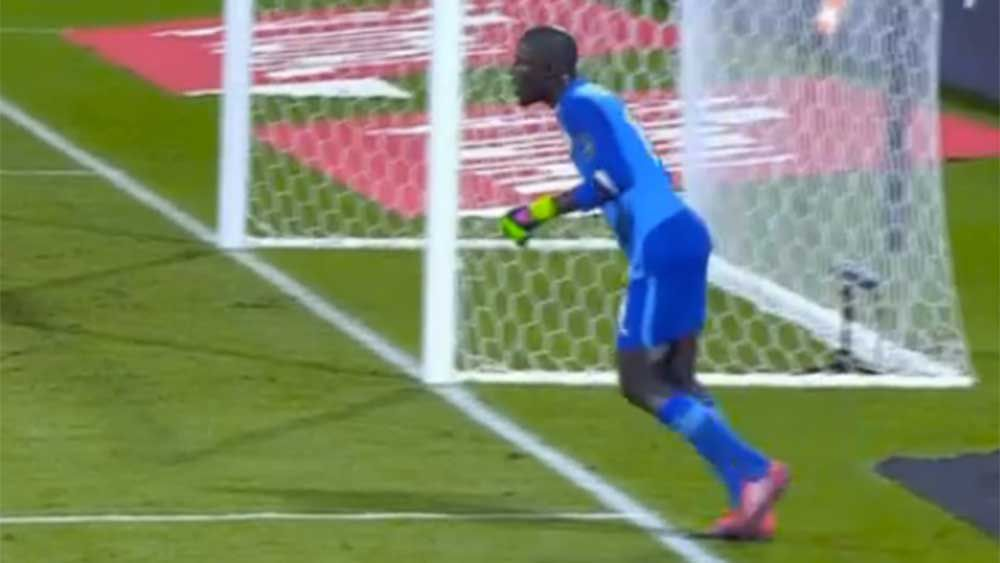 Football: Keeper kicks himself in shameful play-acting