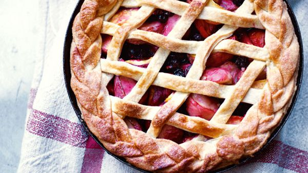 Annie Rigg's peach and blackcurrant pie