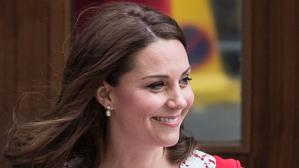 Duchess of Cambridge steps out in Zara budget-buy