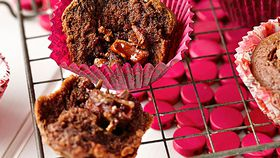 Turkish delight muffins with centre surprise