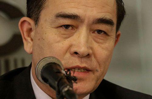 Defector says North Korean regime is crumbling