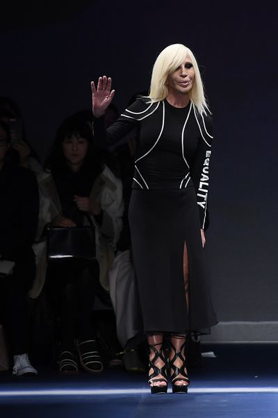 <p>Donatella Versace, Versace, autumn/winter '17</p> <p><strong>The look:</strong> On message. 'Equality'</p> <p> </p>