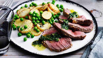 Lamb mini roast with potatoes and peas