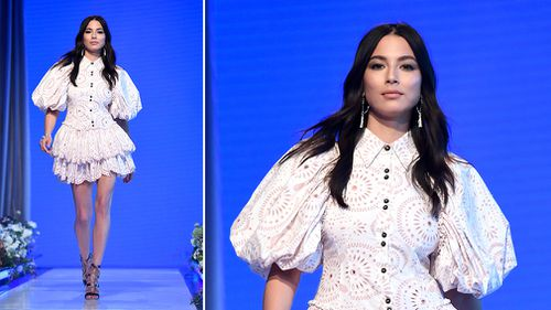Model Jessica Gomes takes part in the dress rehearsal. (AAP)