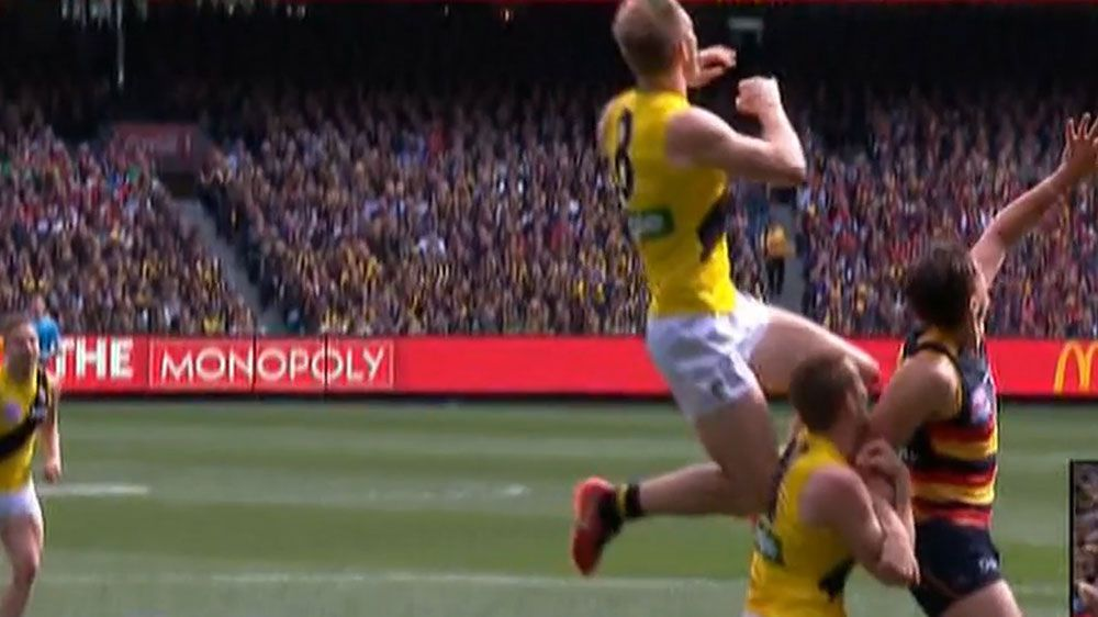 Richmond Tigers full-forward Jack Riewoldt takes wonder mark during AFL Grand Final
