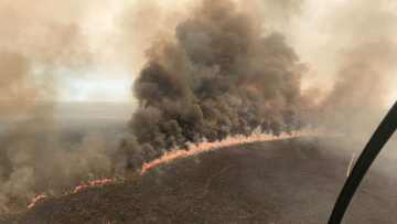Broome residents told to flee homes from out-of-control bushfire