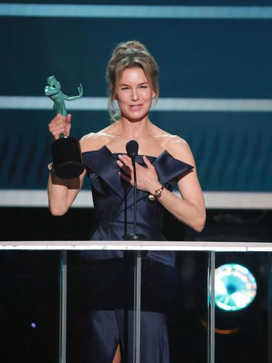 Renée Zellweger accepts Outstanding Performance by a Female Actor in a Leading Role for 'Judy' onstage during the 26th Annual Screen Actors Guild Awards at The Shrine Auditorium on January 19, 2020 in Los Angeles, California