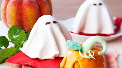 """Recipe:&nbsp;<a href=""""http://kitchen.nine.com.au/2016/05/16/15/03/ghost-cakes"""" target=""""_top"""">Ghost cakes</a>"""
