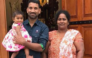 Tamil Biloela mum Priya Murugappan 'removed from Perth hospital by Border Force guards'
