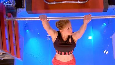 Olivia Vivian's incredible run on Australian Ninja Warrior sadly came undone on the Salmon Ladder.