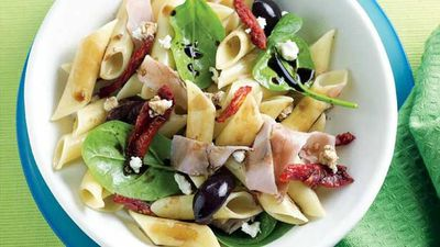 "<a href=""http://kitchen.nine.com.au/2016/05/13/11/02/warm-pasta-salad"" target=""_top"">Warm ham and feta pasta salad</a>"