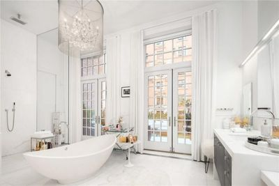 <strong>Jennifer Lopez Manhattan penthouse</strong>