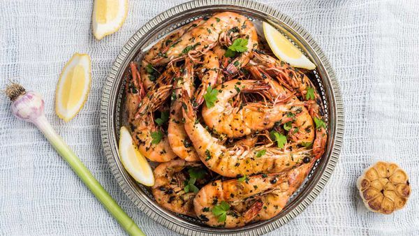 King Prawns marinated in garlic, parsley and lemon