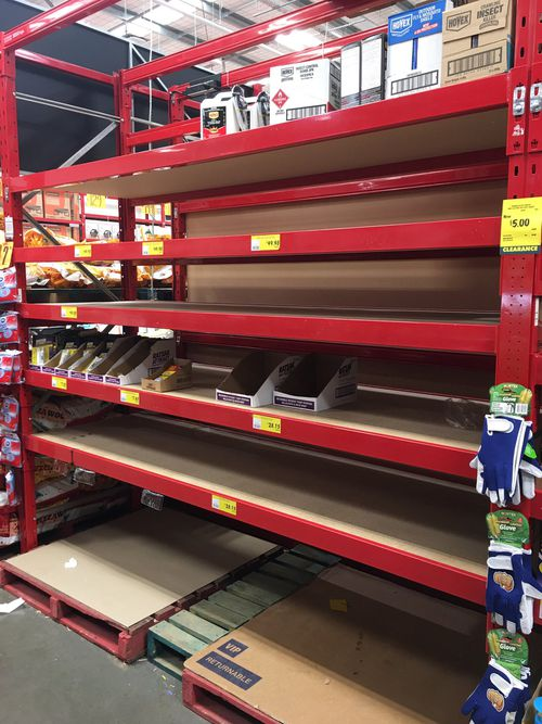 Customers at Bunnings across regional NSW have been clearing shelves of traps and rodent bait as exasperated residents try to control the mouse plague.