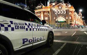 Fines for unlawful gatherings to rise as Melbourne eases curfew