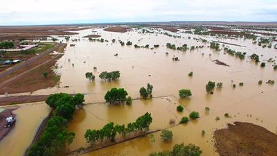 <p>A drone flew over the Winton area, revealing the extent of the flooding.</p><p>(Supplied / Nick McGrath, Winton Shire Council)</p>