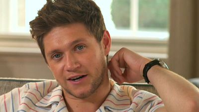 Niall Horan denies romance with Australian TV star Olympia Valance