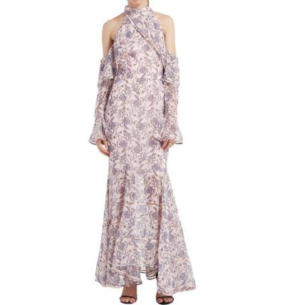 "Keepsake gown, $279 at <a href=""http://shop.davidjones.com.au/djs/en/davidjones/lovers-holiday-gown-1658-700486--1"" target=""_blank"" draggable=""false""><strong>David Jones</strong><br /> </a>"