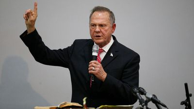 Wife defends Roy Moore against sexual allegations