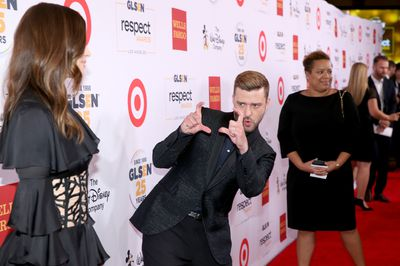 JT playing photographer to his stunning wife at the 2015 GLSEN Respect Awards in California.