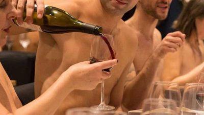 Paris' first nude restaurant closes down