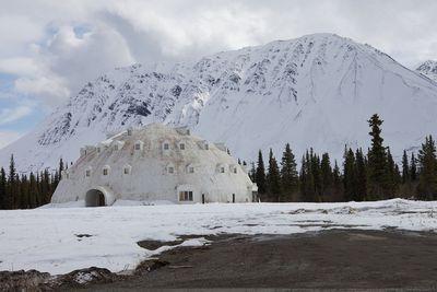 <strong>Igloo City, Alaska</strong>