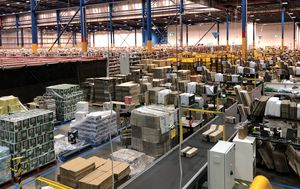 Amazon Australia: Inside US giant's bustling Sydney warehouse days before biggest online retail Christmas in history