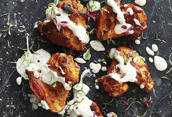 Tandoori chicken wings with yoghurt dipping sauce
