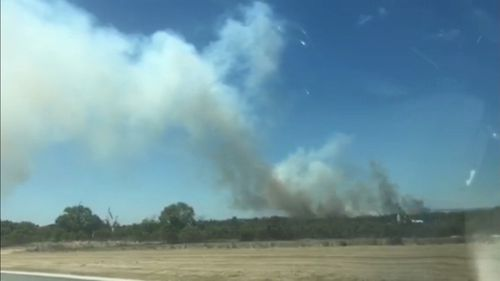 The fire is threatening hundreds of properties.