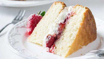 "Recipe:<a href=""http://kitchen.nine.com.au/2017/08/22/15/41/csr-classic-sponge-cake"" target=""_top"">CSR classic sponge cake</a>"