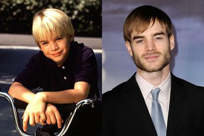 Although he's fallen out of the spotlight somewhat, 29-year-old David Gallagher is still a working actor, appearing in  small roles on TV shows like <i>Criminal Minds</i>, <i>CSI</i> and <i>The Vampire Diaries</i>. <br/>