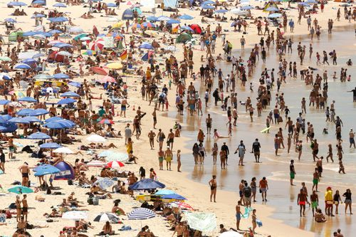 With Australians in for a hotter-than-average Autumn this year, beaches around the country could look like this for a while longer (AAP).
